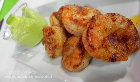 Cuisine-antillaise-avocat-et-crevettes-1